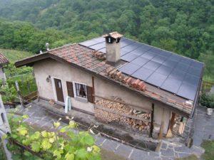 photovoltaik anlage im tessin installiert wicki dach. Black Bedroom Furniture Sets. Home Design Ideas